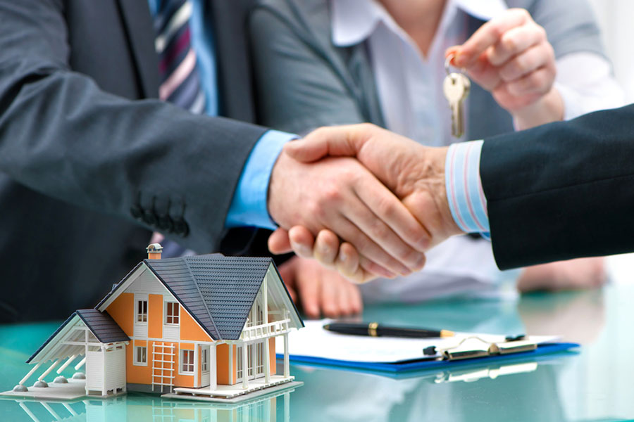 Understanding the role of a lawyer in real estate